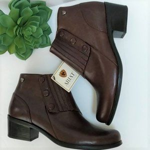 ARIAT Leather Ankle Boots Booties NWT 7